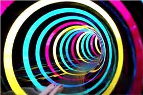 LED滑水道_YouTube