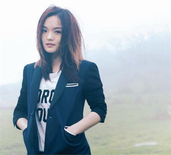徐佳瑩。(圖/翻攝自亞神音樂官網)