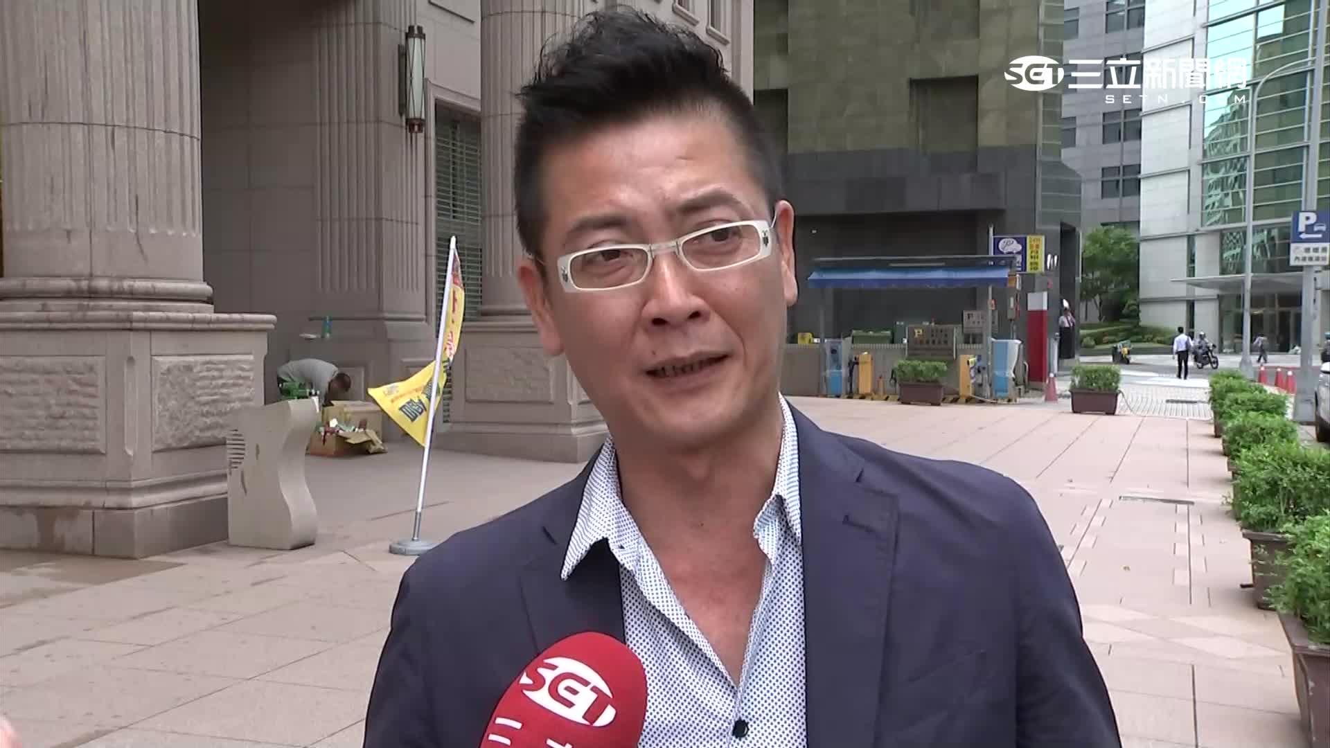 """朱怒跳船潮""""詆毀黨"""" 張碩文嗆鞭屍"""