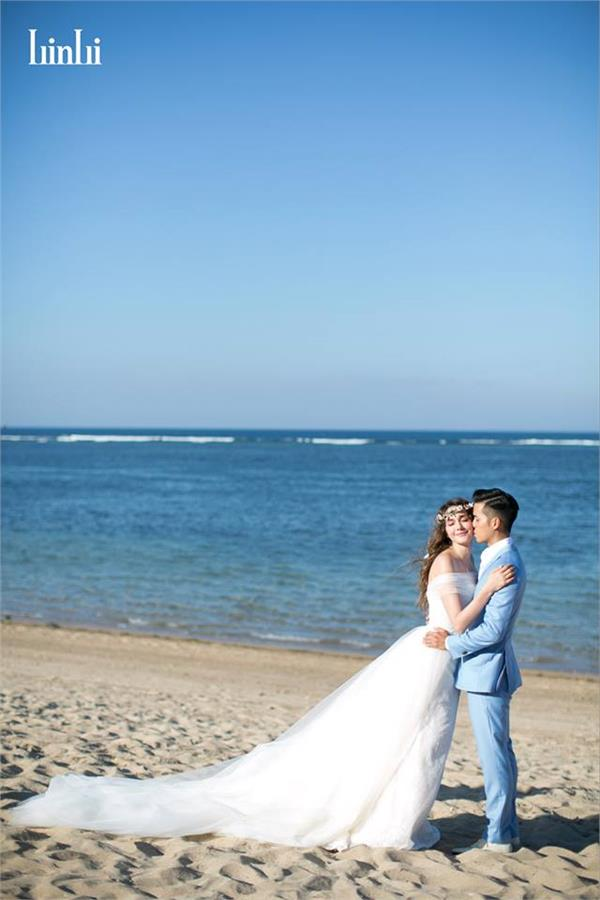 瑞莎結婚(LinLi Wedding 林莉婚紗臉書)