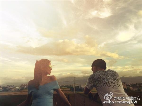 周杰倫、昆凌 圖/翻攝自MRJ台灣官方微博