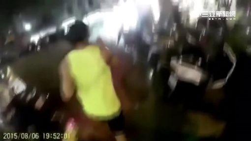"""不爽就撞人! 北投出現""""架拐子""""怪客"""