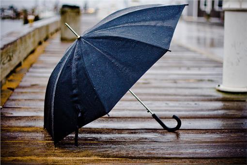 下雨,傘-flickr-Y