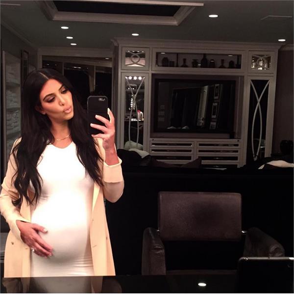 豐臀金翻攝IGhttps://instagram.com/kimkardashian/