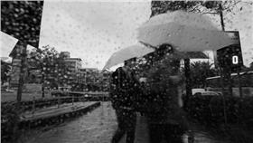 下雨,雨天萬用圖-flickr-li-penny-https://www.flickr.com/photos/li-penny/5564301992/