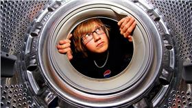 洗衣機-flickr-Alexander Lindquist-https://www.flickr.com/photos/alindquist_/4628962092/