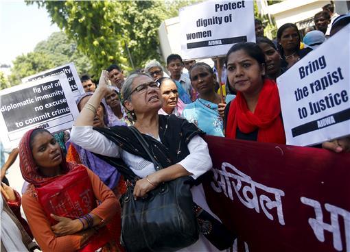 沙國外交官性侵案 圖/擷取自路透社 http://www.reuters.com/article/2015/09/11/india-saudi-rape-nepal-diplomacy-idUSKCN0RA1FX20150911