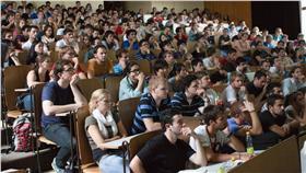 學測,大學,國教盟,指考,入學制度 圖/攝影者Jirka Matousek, Flickr CC License https://www.flickr.com/photos/jirka_matousek/8439515052/
