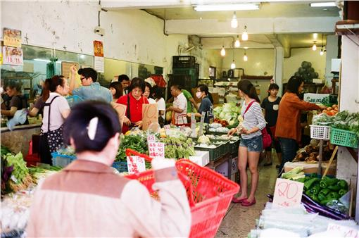 蔬菜,杜鵑颱風,價錢,農作物,市場圖/攝影者Sai Mr., Flickr CC Licensehttps://www.flickr.com/photos/saidemian/14185206914/