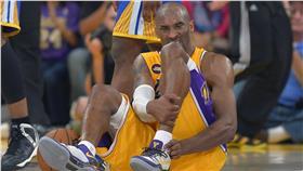 Kobe Bryant受傷(ap)