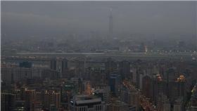 空汙,霾害,101 -Flickr - https://www.flickr.com/photos/yuchinmchu/3213370016/in/photolist-5TXmXj-5hhizg