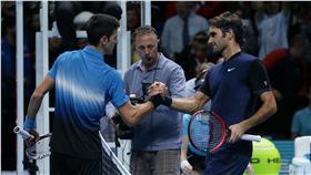 Roger Federer,Novak Djokovic(ap)