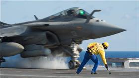 法國航空母艦戴高樂號_美聯社