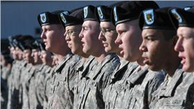 士兵-軍隊-https://www.flickr.com/photos/fortwainwright/4945190611/in/photolist-8GBMm7-99scXY-8zP398-6dARXN-aEASPS-bW1ZES-8ur9mm-9AqTfF-8BETSz-55vJaK-br3XxM-pnWzMv-bXKkvG-6WGdn-7fgBcG-aEwZFR-pQra7u-hn8JUL-8oUtaZ-9PhLe4-eXYphq-ozThVz-8x42Fg-bvACTn-bvABZT-ed4nG3-bvACs2-4SzE7w-br3Ymc-6ATvve-eeJkp4-ghnNTA-zfLu2J-KEs7J-pm1pLr-4ZBWic-bZMmah-agGmyQ-93HgRY-75SHcv-bZMwA3-m5wsgr-4VW23q-8wZoT6-8ANLqK-oxn8UT-9A6BrZ-4amqwW-6tKqi6-8BMvWb