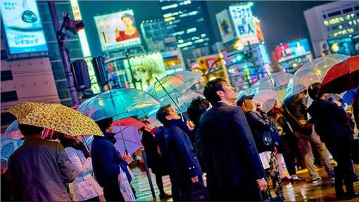 日本,東京,街頭,上班族(https://www.flickr.com/photos/aigle_dore/16228516431/)