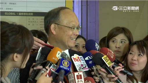 經濟部長鄧振中