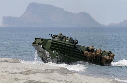 美軍兩棲突擊車,軍售,武器,AAV 圖/美聯社/達志影像