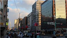 台北市/flickr-Chi-Hung Lin https://www.flickr.com/photos/92585929@N06/22266586686/