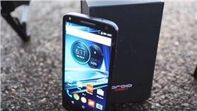 Motorola Droid Turbo 2(圖/翻攝自YouTube)