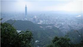 氣象,鋒面,濕冷,PM2.5 圖/攝影者Yu-Ching Chu, Flickr CC License https://www.flickr.com/photos/yuchinmchu/5126977982/