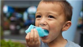 糖果,糖分,肥胖,小孩,基因,研究,甜味(Michael Bentley https://www.flickr.com/photos/donhomer/7868584770/in/photolist-cZjy7E-4YN2Vb-cByqr-dCeBCE-8QxBzh-6evk61-eBuXo-4HWBtF-7nbBCH-3hduME-2GdAi7-7fr9LQ-3xisED-6DrVUV-8aGet6-97nxF3-CATgR-63BSSq-79rwqK-5EvHzn-3xnGa1-qqzNpi-bnryY8-8NjNfs-3UmmLC-zuL4Zq-fbzeD-dFppN7-4EaTTW-rGGpV1-dCeBFY-ixfQmc-4BFYsj-ivFeXq-dCeBJm-6kNiHw-7JFaUH-sA5WLL-rpDGz-f68t7Q-sxXnEW-8Y7roV-pZPnm3-qRDRMV-59ZSLY-qRwrry-r92rP7-qRDVsk-r8XKee-r8XKWB)
