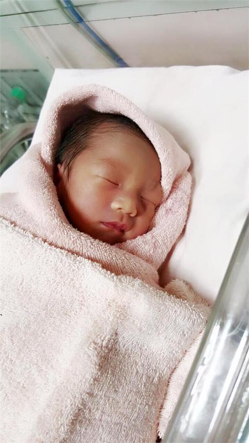 主播,郭惠妮,懷孕,雙胞胎,高風險,女兒,媽媽,產子,寶寶,女嬰郭惠妮臉書 https://goo.gl/Pcrzp1