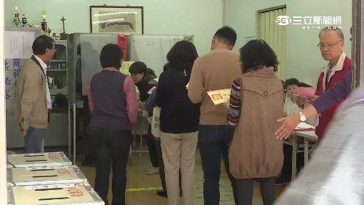 民主處處能開花 停車場搭臨時投開票所