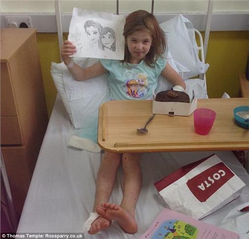 染色體異常的機器人女孩http://www.dailymail.co.uk/health/article-3401566/The-bionic-girl-doesn-t-eat-rarely-sleeps-didn-t-feel-pain-dragged-street-car.html