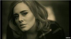 Hello、愛黛兒、Adele/YouTube