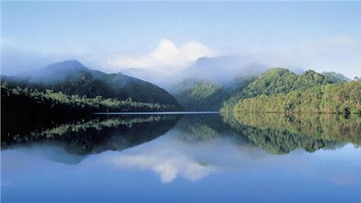 寂寞星球2016年十大推薦旅遊國度-澳洲離島塔斯曼尼亞(TASMANIAN) 圖片來源:澳洲官方旅遊網站 http://www.australia.com/zh-hk/places/tasmanian-wilderness/highlights.html