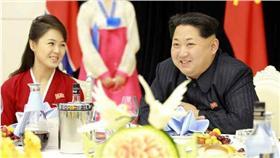 北韓領導人金正恩與李雪主 (圖/翻攝自環球網)