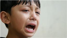 虐童、孩童、哭泣、虐待、孩子(圖/攝影者binu kumar, Flickr CC License) https://goo.gl/wTfQkd