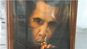 ▲俄國街頭的歐巴馬反菸海報。(圖/翻攝自Dmitry Gudkov臉書)