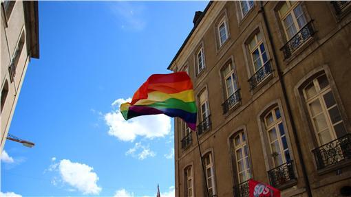 LGBT,Julie Missbutterflies,https://www.flickr.com/photos/missbutterfly/14850315741/in/photolist-oCgKuz-C86opJ-AmLry2-AkHSug-AZzQLt-CW4uPB-AkFx1G-AFKXEA-AkhwYc-oEiqL8-B1vEj8-A5XXje-A2AQHE-kgdLfT-AmxVv1-AHGZT7-AYxYJU-vZwona-wgmLuo-weGrTm-vZp6A7-weGkCA-om4nZM-oAvyaj-KTW7k-KUdTL-KTW7r-ofMX6p-KTW74-aRxru8-oe1W8F-whmWwv-A5rVTP-Ap15rJ-AHERGG-B1uVdP-A2tUS4-AG1WDs-ArgR6c-AJHUKo-AkpRft-CTNzUu-7dNBqi-A61KmF-qD8tMb-Cap8kZ-om43P4-6b3xUQ-B3NCmV-7eexUA