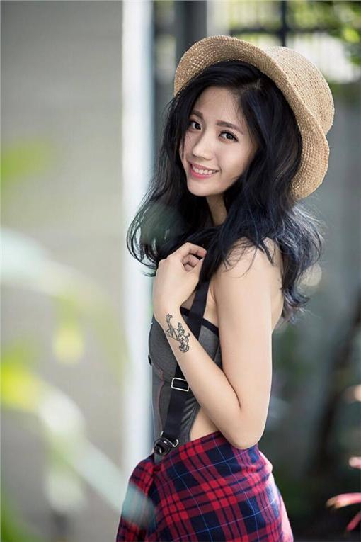 陳艾琳,臉書