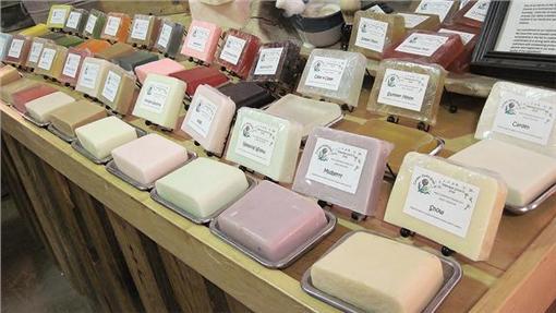 手工皂,肥皂,手工肥皂(圖/攝影者Gloria Cabada-Leman, flickr CC License)https://flic.kr/p/aAJMTo