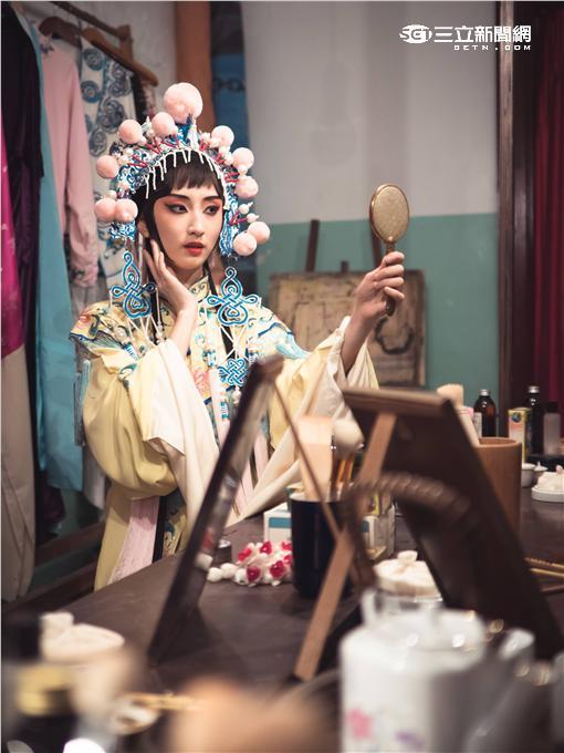 紫色大稻埕,施易男,柯佳嬿,鄭人碩,黃宇琳,葉天倫