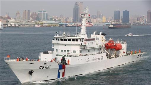 海巡署、台南艦/翻攝自海巡署