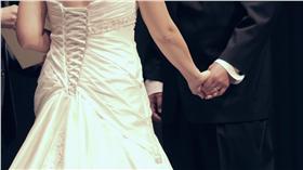 -結婚-Jason Jonas- https://www.flickr.com/photos/jasonrjonas/8180660736