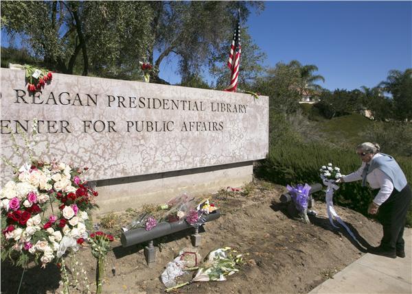 美國前第一夫人南西雷根(Nancy Reagan)葬禮(圖/美聯社/達志影像)