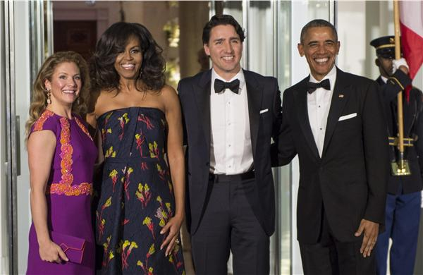 加拿大總理杜魯道(Justin Trudeau)夫婦、美國總統歐巴馬夫婦(圖/美聯社/達志影像)