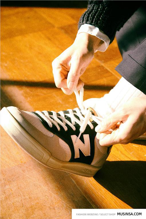 ▲New Balance 2016年打造仿舊經典,推出全新 Riviera 系列CRT300鞋款。(圖/品牌提供)
