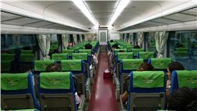 火車,自強號,搶位,Dcard 圖/攝影者Cheng-en Cheng, Flickr CC License https://www.flickr.com/photos/rail02000/14475073420/