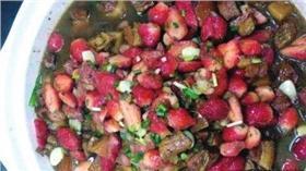 草莓紅燒肉/翻攝自瀟湘晨報