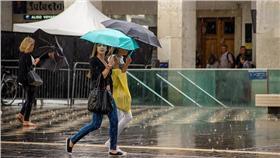 下雨、天氣/PROKurt Bauschardt https://www.flickr.com/photos/kurt-b/15246305669/