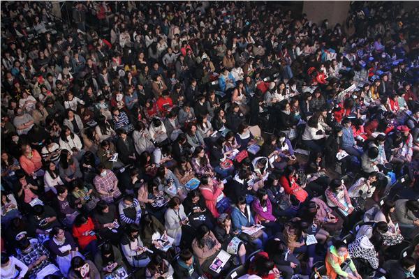 「愛上哥們」男女主角陳楚河、賴雅妍,台北首場亞洲巡迴見面會。(記者邱榮吉攝影)