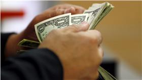 美元、金錢、錢幣、匯率、股市(圖/路透社/達志影像)