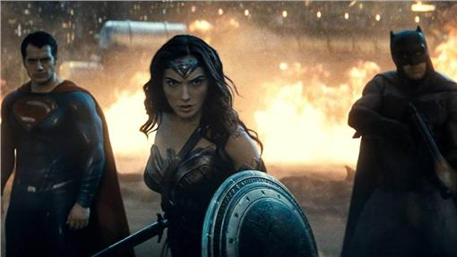 蝙蝠俠對超人 圖/翻攝自蝙蝠俠對超人:正義曙光臉書