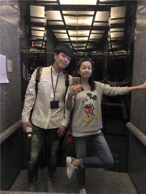 六月(圖/翻攝自六月臉書)https://www.facebook.com/june.tsai.official/photos/pb.740379859353336.-2207520000.1459150191./1054878344570151/?type=3&theater