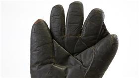 貝比魯斯(Babe Ruth)左手手套 圖/美聯社/達志影像